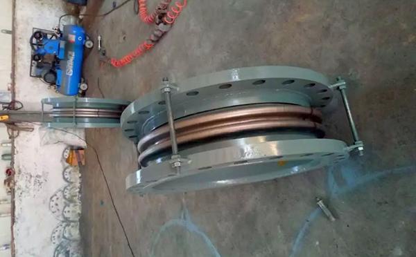 轴向型拉杆波纹补偿器